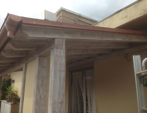 Tettoia in legno realizzata per Cliente privato a Pontedecimo